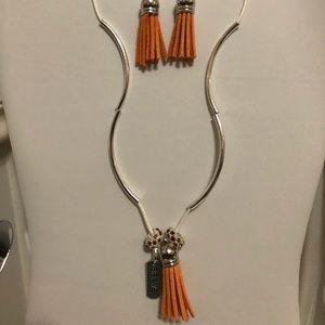 Pretty Peach Tassel Earrings Set